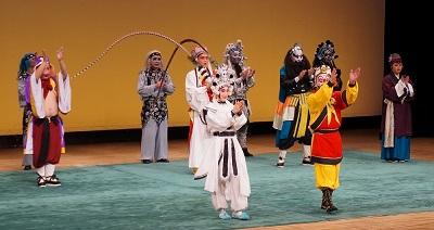 「京劇」公演1000人の聴衆を魅了(1)